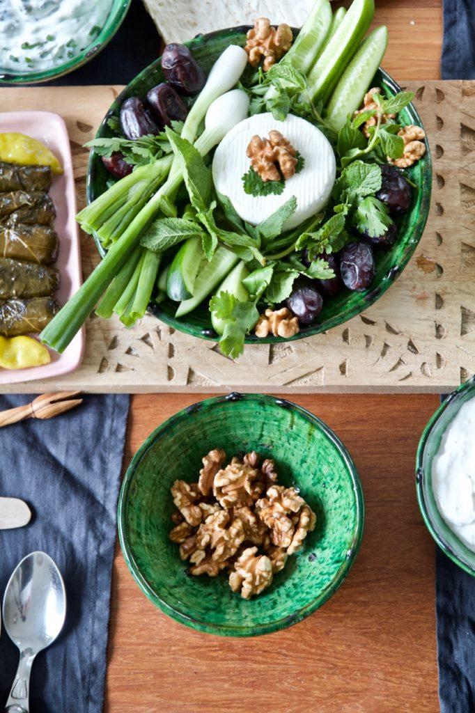 Zeytoon Parvardeh - Marinierte Oliven nach persischer Art